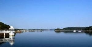 四川一处被忽略的湖泊,国家4A级景区门票免费,至今却鲜为人知
